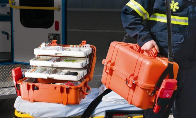 da53ec684119 Peli táskák, Robbanásbiztos lámpák, Térvilágítók