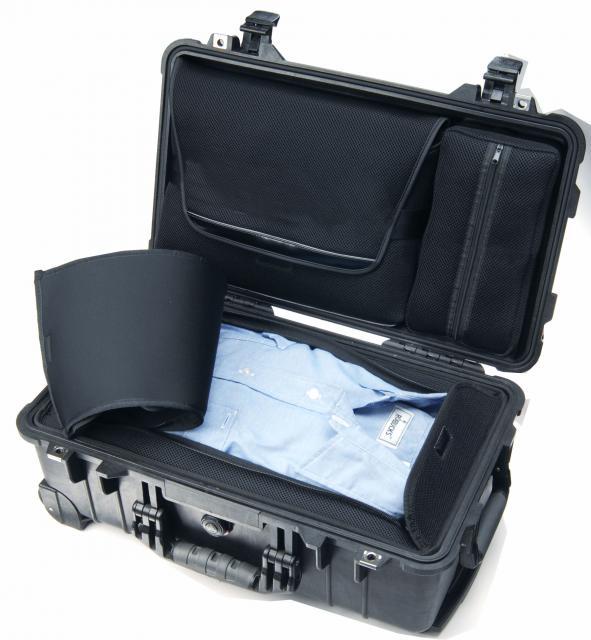 3f8c9596e3e2 Peli műanyag táska, gurulós utazó táska, laptop tartó 1510